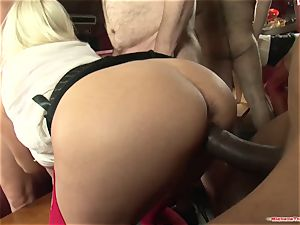 Michelle Thorne and young mega-slut gangbang drill with group