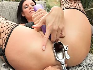 India Summers poon and donk opened up and played with by messy Dana