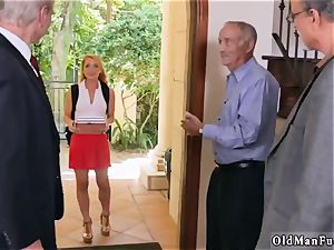 South big bumpers Frannkie And The group Tag team A Door To Door Saleswoman