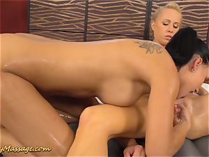 girl-on-girl rubdown with Victoria jiggly