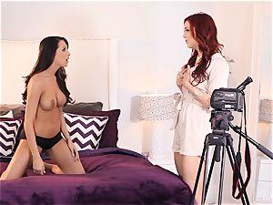 Jayden Cole tempts sexy casting nymph Kortney Kane