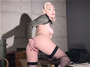 Lily Labeau senior fashion twat have fun