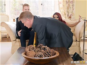 Kiki Minaj drilled by a pummeling white manstick