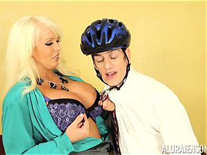 Mormon meets Alura Jenson and jizzes twice for her
