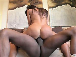 LiveGonzo Lisa Ann jummy multiracial anal invasion cougar