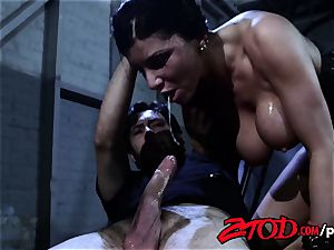Romi Rain enjoys To Be slapped