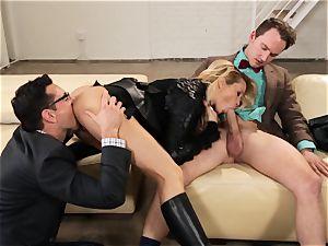 Supergirl Pt two Jessica Drake gets a plumper 3some