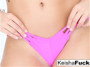 torrid porn industry star Keisha gets her humid poon torn up
