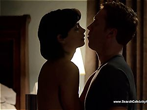 unbelievable Morena Baccarin looking spectacular naked on film