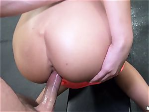 August Ames works out at the gym