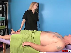 customer Shocks To witness The fantastic light-haired masseur