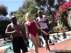Swim educator Dahlia Sky bj's many dark-hued dicks