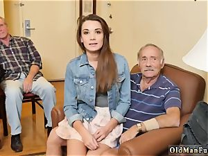 older eating nubile slit and redhead boy very first time introducing Dukke