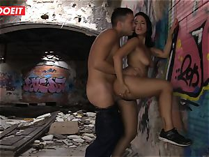 LETSDOEIT - deserted Buildings are hot banging Places