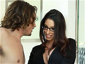 Taylor Reed plumbs her man with Dava Foxx