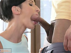 fitness apartments massive manmeat workout for babe after class hookup