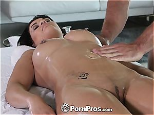super-cute Gracie Dai gets a stellar massage