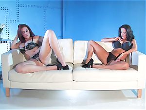 Jayden Jaymes shares a gigantic man-meat with Ava Addams