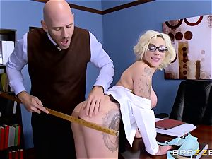 Dean Johnny Sins holds a hump education lesson with a obscene schoolgirl