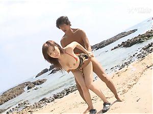 41Ticket - Mai Hanano porks at the Beach