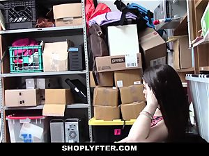 Shoplyfter - A rigid penetrate punishment For Rebelious teenager