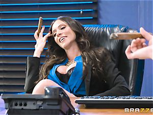 culo poking mummy Ariella Ferrera in the office