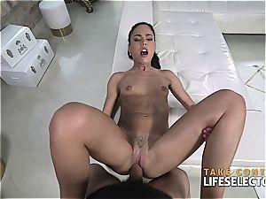 smallish latina stunner gets plowed