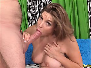jaw-dropping mature girl takes fuck-stick