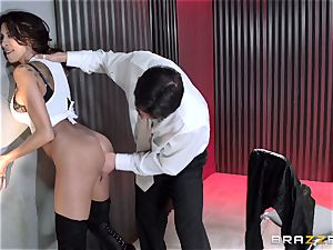 Bad girl Kayla Carrera caboose poked by cop